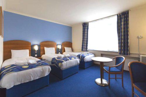 Hotel triple room London Wembley