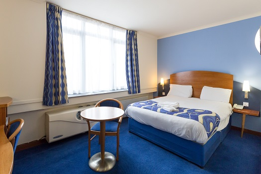 Double room for sole occupancy